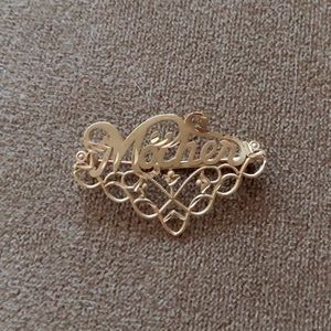 14K Mother Brooches